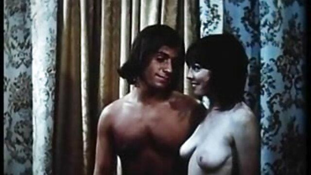 कोई पंजीकरण Porno  दीवार पर वितरित सेक्सी फिल्म फुल वीडियो