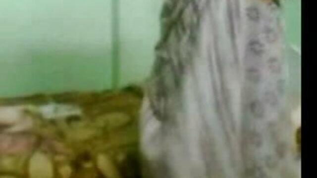 कोई पंजीकरण Porno  क्लिफ जेन्सेन फुल सेक्सी फिल्में fucks Jessy दुबई के छेद 480p