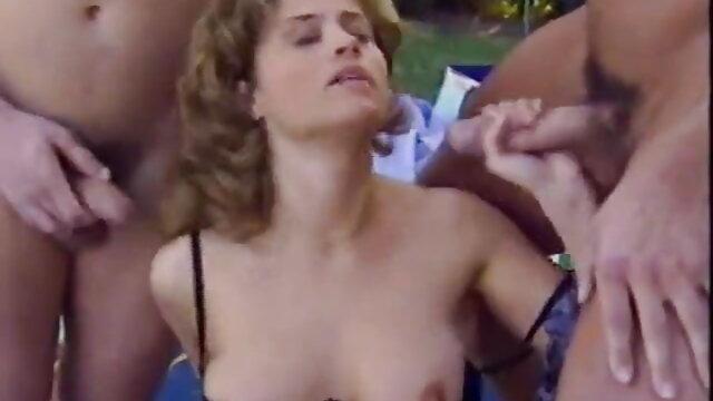 कोई पंजीकरण Porno  एक सेक्सी फुल एचडी फिल्म विवाहित जोड़े की यात्रा