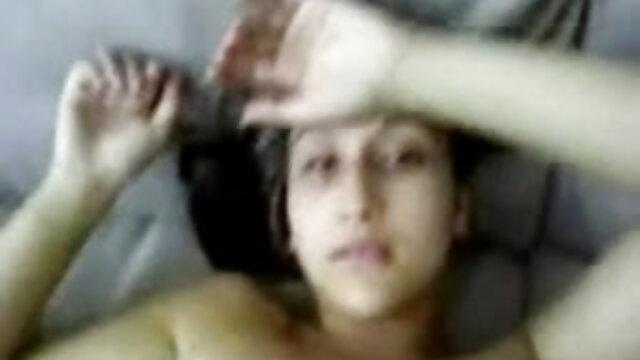 कोई पंजीकरण Porno  जेड-जेड खोलता है, हिंदी सेक्सी फुल मूवी वीडियो के लिए उसके काले दास