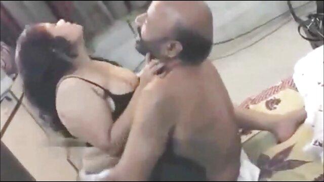 सेक्सी स्तन