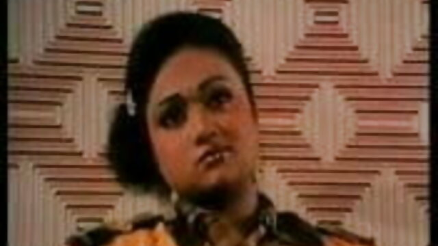 कोई पंजीकरण Porno  गिरोह हिंदी फुल सेक्सी मूवी बैंग चोर (2018)