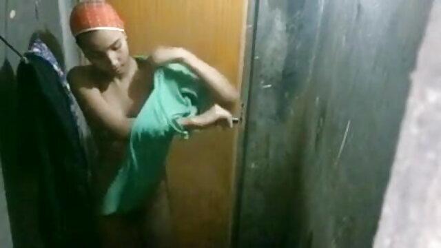 वयस्क कोई पंजीकरण  तहखाने में सीढ़ी पर 20191130 फिल्म सेक्सी फुल एचडी ग्रेहाउंड